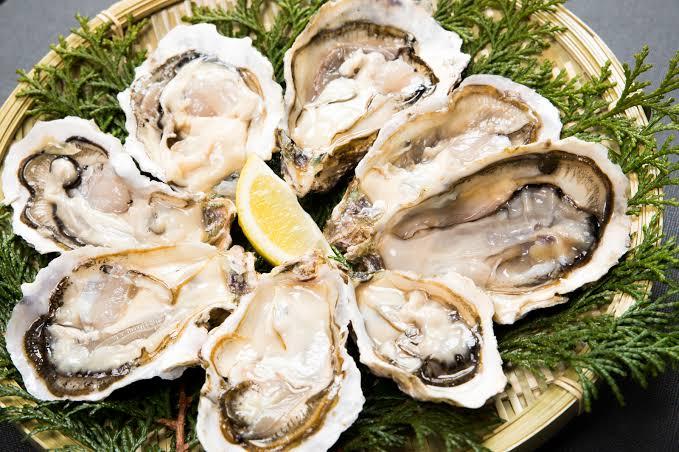 冬の味覚♪「海のミルク」体を潤してくれる牡蠣はいかが?